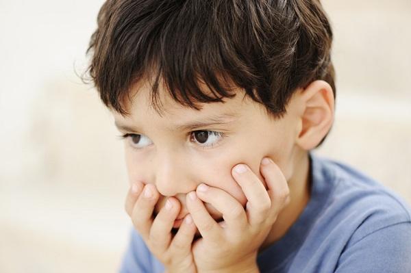 dấu hiệu trẻ bị stress