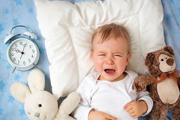 thần chú trị trẻ khóc đêm