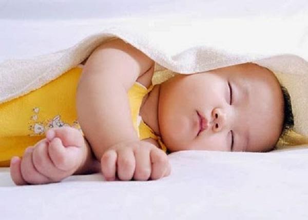 Cách giúp trẻ hay khóc đêm ngủ ngon