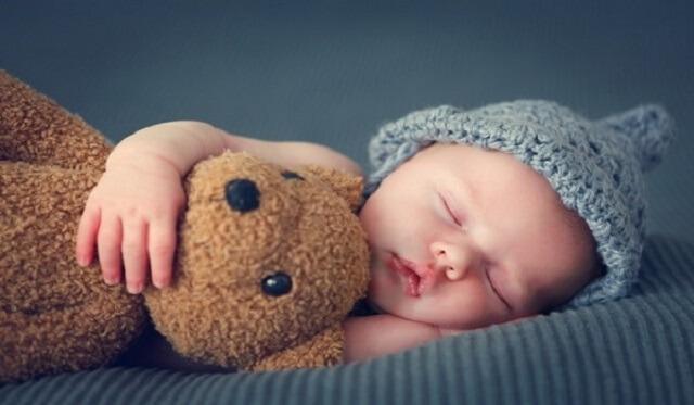 mẹo cho trẻ ngủ ngon không ọ ọe